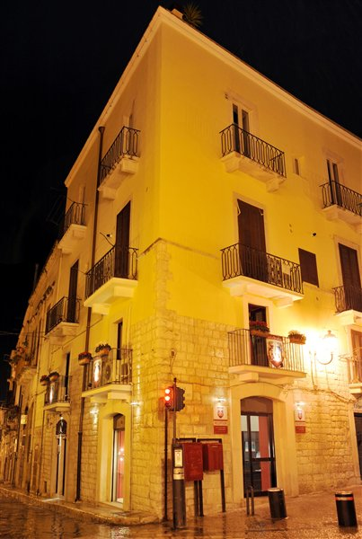 La Disfida di Barletta, Barletta, Italy, late hotel check in available in Barletta